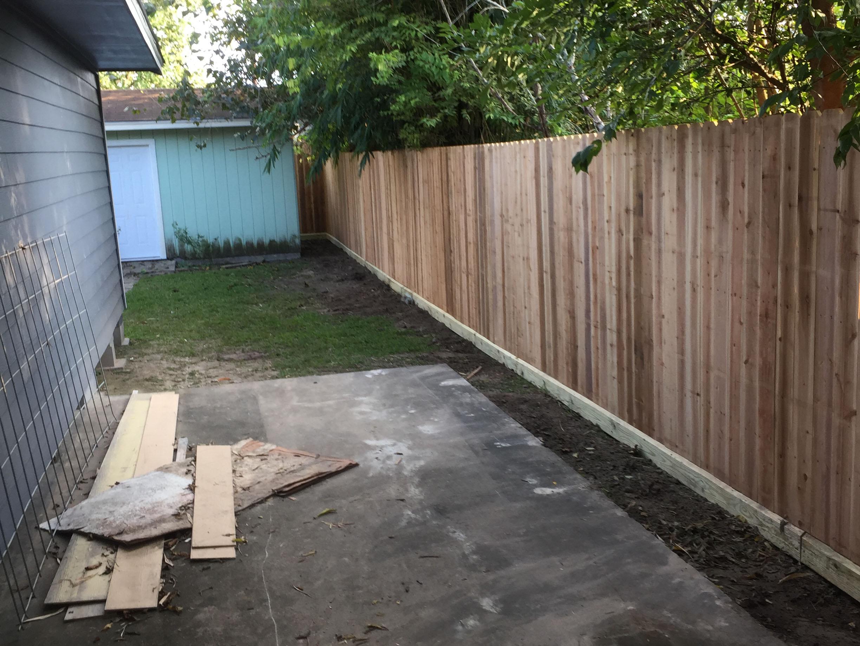 Cedar Picket Wood Fence